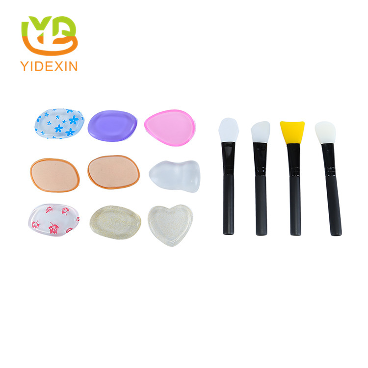 Silicone makeup tools